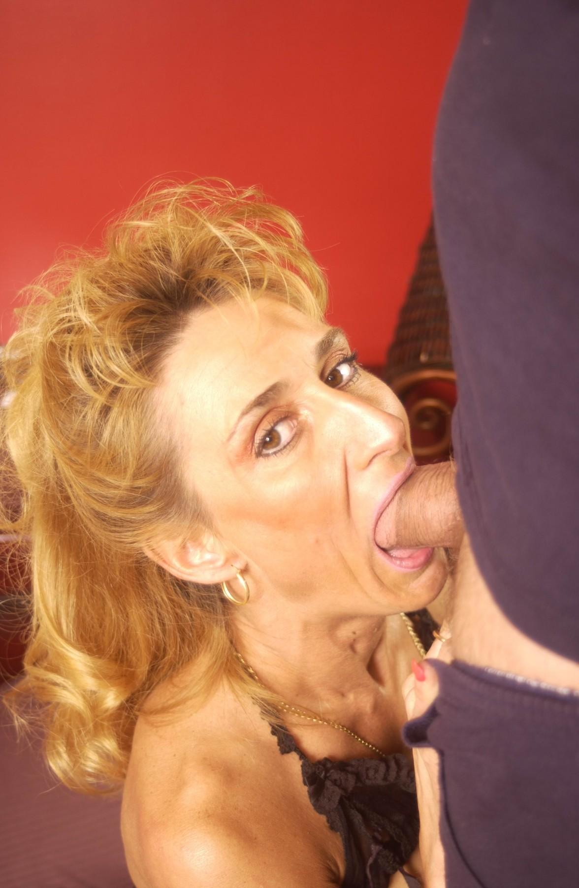 Femme lesbienne chaude-2123